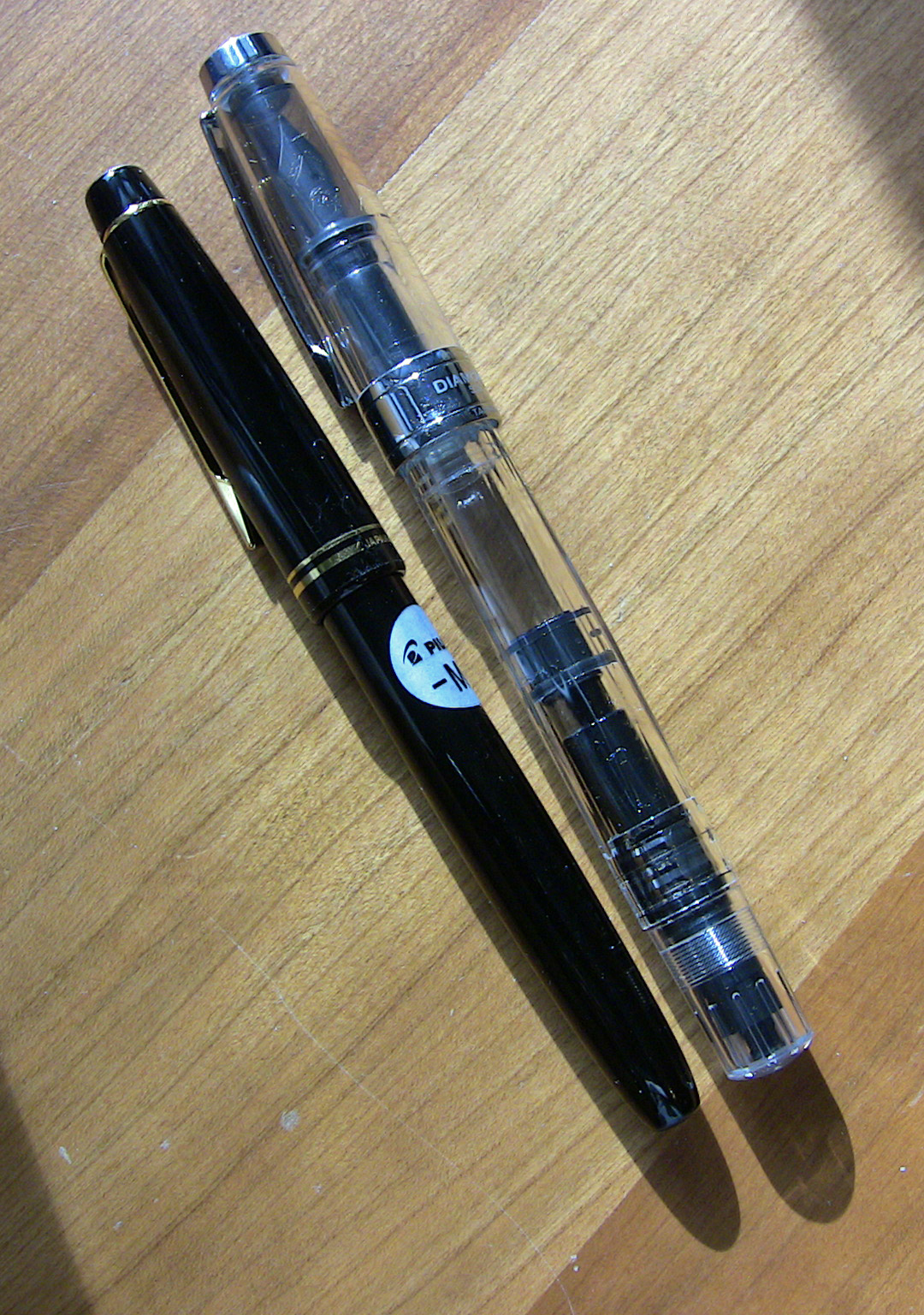 Size comparison between Pilot 78G and TWSBI 530