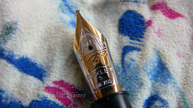 Bexley logo on 18K nib